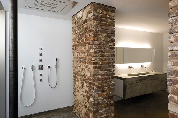 Brick_walls_Bathroom_1