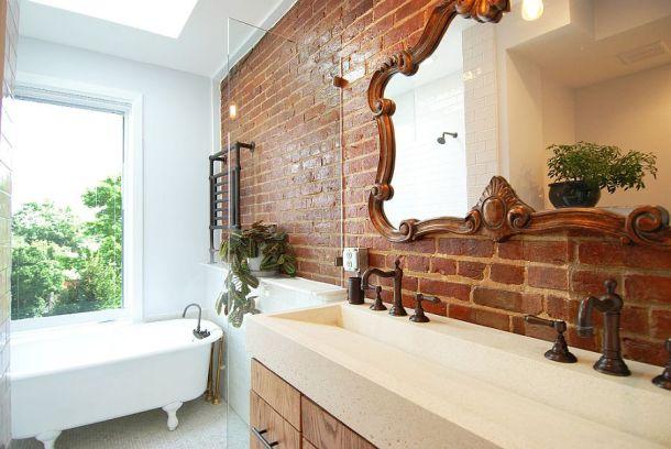 Brick_walls_Bathroom_2.jpg