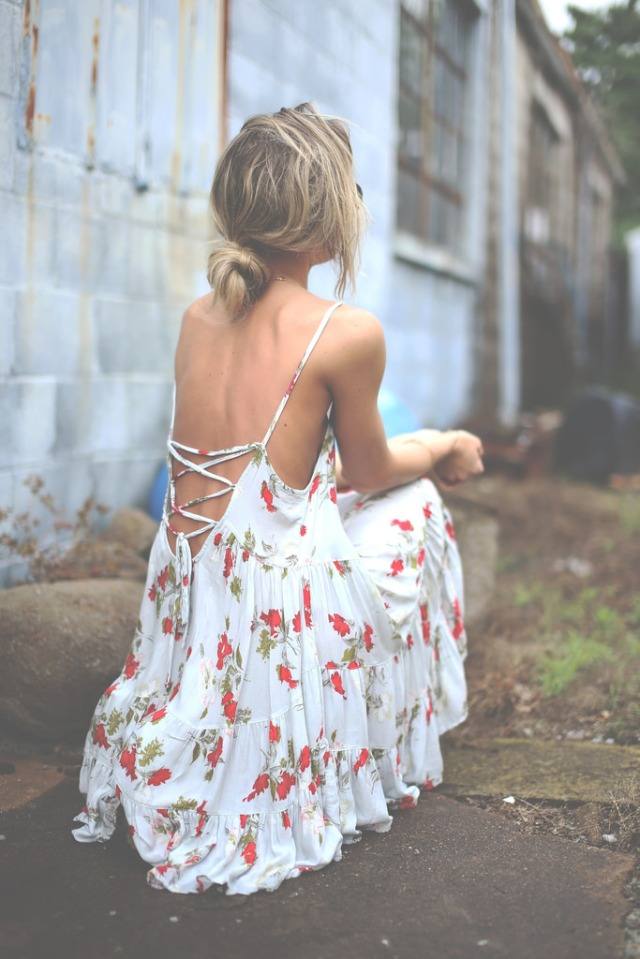 Backless_7
